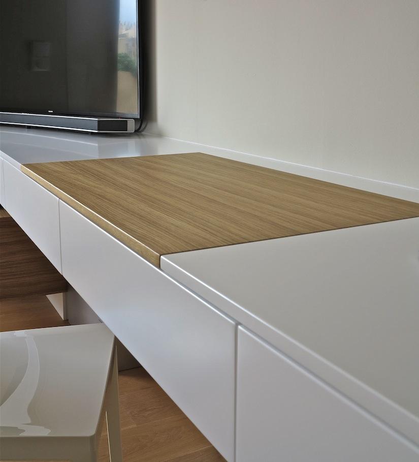 bureau laque blanche sous main chêne